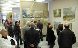 Visitors at the exposition of Dmitry Kustanovich paintings